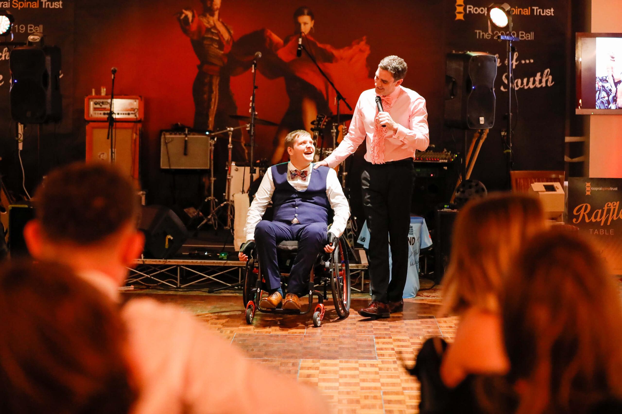Norfolk tetraplegic artist's painting raises £2,000 for charity